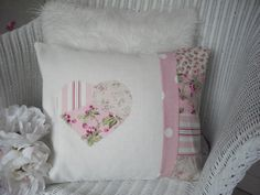 Pink Fabric Patchwork, very pretty Shabby Chic Cushions, Shabby Chic Desk, Cute Cushions, Shabby Chic Crafts, Shabby Chic Interiors, Shabby Chic Homes, Shabby Chic Furniture, Country Furniture, Distressed Furniture