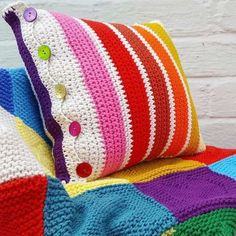 Ravelry: Rainbow Striped Cushion Cover pattern by Jane Ellison Crochet Pillow Cases, Crochet Pillow Patterns Free, Free Crochet, Knitting Patterns, Cushion Cover Pattern, Crochet Cushion Cover, Knitted Cushion Pattern, Cushion Covers, Pillow Covers