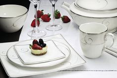 A more relaxed approach to formal dinnerware. With a simple modern feeling, this…