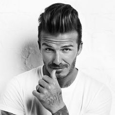 Classic Men's Quiff Hairstyle; The Haircut Trend For a New Look