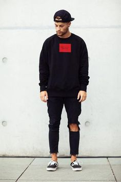 Broken Saints Signature Box Pullover mit Rundhalsausschnitt M / Rot Style Outfits, Casual Outfits, Men Casual, Fashion Outfits, Casual Styles, Black Outfits, Fashion Styles, Men's Outfits, Style Fashion