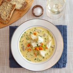 Hjemmelaget fiskesuppe Cheeseburger Chowder, Food And Drink, Soup, Fish, Soups, Soup Appetizers