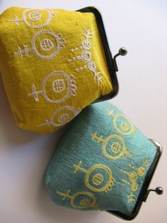 Yellow and aqua Japanese Embroidery, Embroidery Thread, Embroidery Applique, Embroidery Patterns, Sewing Patterns, Embroidery Purse, White Embroidery, Sewing Crafts, Sewing Projects