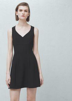 Kleid mit ausgestelltem saum | MANGO