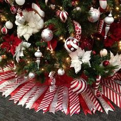 Ribbon tree skirt