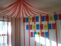 A big top made from streamers for carnival or circus theme Clown Party, Circus Carnival Party, Carnival Birthday Parties, Circus Birthday, Circus Theme, Carnival Ideas, Carnival Tent, Birthday Ideas, Happy Birthday
