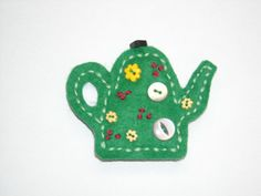 Felt Brooch Teapot Retro Party by Rorevie on Etsy, £6.00    http://www.etsy.com/listing/98947166/felt-brooch-teapot-retro-party?ref=sr_gallery_43_search_query=green+teapot_view_type=gallery_ship_to=US_page=4_search_type=all