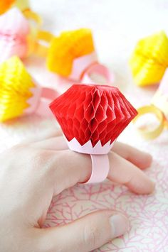 Honeycomb Rings DIY - cute engagement party, bridal shower or bachelorette party idea!