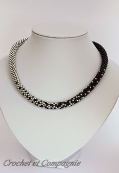 Crochet et compagnie: Perles crochetées en spirale