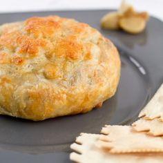 Mushroom & Garlic Brie en Croute {Via @Pretty Little Dishes}