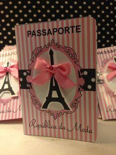 Convite passaport Barbie em paris