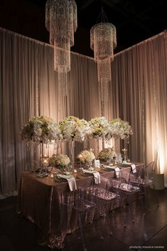 Our Paris Blush linen is dazzling at the Palm Event Center - Photo creds : Maurice Ramirez Photography