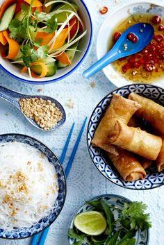 Vietnamese food: bun cha gio!