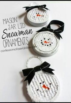 Simple and oh so cute! Snowman ornaments.