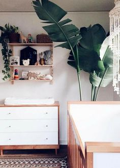 Perfect design ideas for your baby's nursery room! Incorporate nature and green hues with a minimalist look into your nursery room.