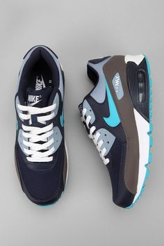 reputable site 1fcee 95021 Nike Air Max 90 Sneaker - Urban Outfitters