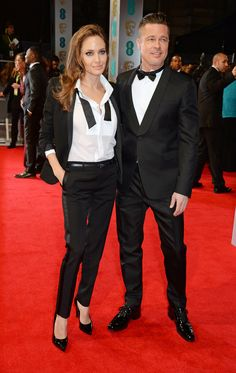 Brad Pitt violento? Ultime verità dopo il divorzio con Angelina Jolie - Oltre ad essere al centro del gossip internazionale, pare che Brad Pitt sia protagonista di una vicenda che lo vedrebbe sotto inchiesta a causa di alcune presunte violenze fisiche e verbali nei confronti di uno dei figli. - Read full story here: http://www.fashiontimes.it/2016/09/brad-pitt-violento-ultime-verita-divorzio-angelina-jolie/