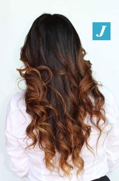 Irrinunciabile Degradé Joelle! #cdj #degradejoelle #tagliopuntearia #degradé #igers #musthave #hair #hairstyle #haircolour #longhair #ootd #hairfashion #madeinitaly #wellastudionyc