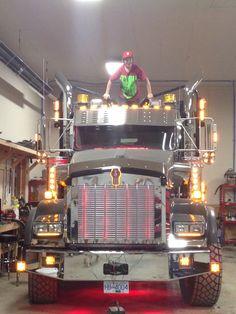 Semi Trucks, Big Trucks, Heavy Construction Equipment, Logging Equipment, Cab Over, Kenworth Trucks, Tow Truck, Rigs, Tractor