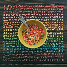 Photographer Emily Blincoe arranges everyday objects into colorful collections, giving order to these typically random things. Her candy compositions have People With Ocd, Foto Still, Bowl Of Cereal, Collections Of Objects, Everyday Objects, Perfect Photo, Junk Food, Food Art, Organization