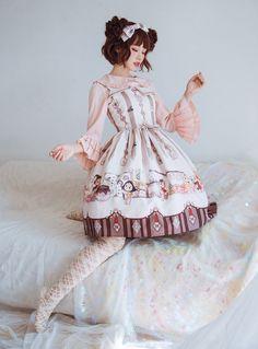 MiKi -Bears' Magic Potion Workshop- Sweet Lolita Jumper Dress Kawaii Fashion, Lolita Fashion, Cute Fashion, Asian Fashion, Lolita Style, Frilly Dresses, Cute Girl Outfits, Jumper Dress, Gyaru