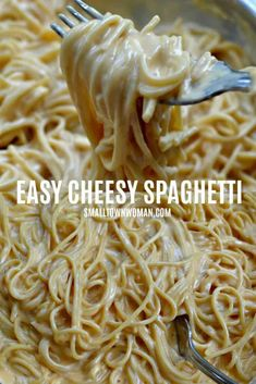 Cheesy SpaghettiSuper easy kid-friendly Cheesy Spaghetti that comes together in less than 20 minutes! This cheesy pasta recipe is the perfect side for so many main courses that will wow a crowd. It is loaded with delicious creamy goodness that all c Cheesy Pasta Recipes, Spaghetti Recipes, Easy Noodle Recipes, Gourmet Recipes, Cooking Recipes, Healthy Recipes, Barbecue Recipes, Seafood Recipes, Healthy Food