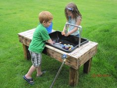 Water table, this is cool you can connect the hose right up to it