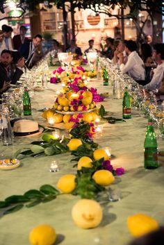 STÓŁ CYTRUSOWY. Na co się nadaje? Na bankiet w stylu tropikalnym, letnią kolację dla gości VIP.