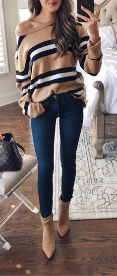 Fall Outfits ideas for Winter fashion 2019 my love fall fashion women's clothing jeans + tops how to wear jeans outfits going fashion eve dress outfits Fashion Mode, Look Fashion, Winter Fashion, Womens Fashion, Feminine Fashion, 90s Fashion, Spring Fashion, Mode Outfits, Stylish Outfits