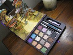 Alice in wonderland Urban Decay Eyeshadow Palette!