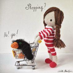 Isabelle Kessedjian: Poupée au crochet.
