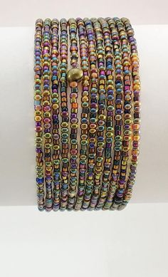 Beaded Wrap Bracelets, Beaded Bracelet Patterns, Seed Bead Bracelets, Seed Bead Jewelry, Beaded Jewelry, Jewellery, Wire Jewelry Designs, Jewelry Crafts, Waist Jewelry