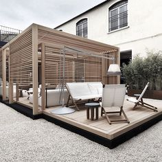 Exteta are known for their high end structures such as gazebos used as outdoor kitchens, bathrooms, sofas and luxury spas. Designed by Ludovica+Roberto Palomba - winners of multiple international design awards. #exteta #zenline #madeinItaly #luxury #inspiration #design #milandesignweek #interiordesign #archiproducts #architecture #pureinteriors #pureconcept