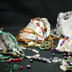 bijoux en pierres - multi-couleurs composées
