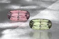 Zultanite - incandescent light on left, candescent light on right