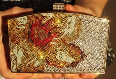 This Judith Leiber minaudiere is exquisite and elegant. A full bead encrusted minaudiere, artfully blends art and utility. Judith Leiber creates some of the most beautifully crafted evening bags. Her bags exists as functional art objects and are included in the permanent collections of of prestigious institutions such as The Metropolitan Museum of Art in New York, The Victoria and Albert Museum in London, and The Houston Museum of Fine Arts. | eBay!