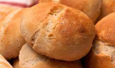 Pidän hyvin monenlaisista ruokaan liittyvistä blogeista, mutta leipäblogit ovat jotenkin aivan erityisen ihania. Kai se on se sama juttu kui... Ciabatta, Cooking Recipes, Bread, Food, Chef Recipes, Brot, Essen, Baking, Eten