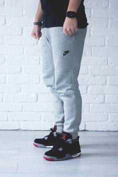 Jordans - Shop for Jordans on Wheretoget Sneakers Outfit Men, Nike Shoes Outfits, Nike Tech Fleece Men, Jogging, Sneakers Nike Jordan, Black Nike Shoes, Jogger Shorts, Athletic Outfits, Athletic Clothes