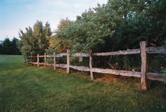 Country Lore: Cedar Split-rail Fence - Modern Homesteading - MOTHER EARTH NEWS