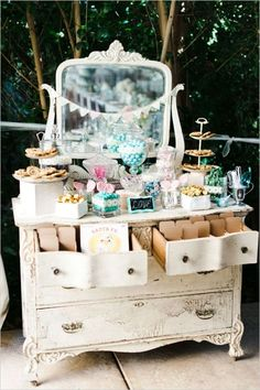 Vintage chic dessert table