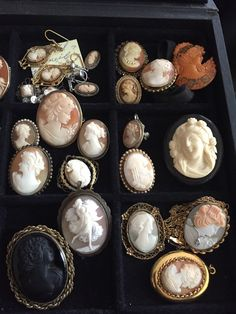 ESTATE LOT 29 ANTIQUE SHELL CAMEOS 14k GOLD, SILVER AND OTHERS **BEAUTIFUL** group 3