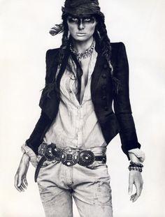Isabeli Fontana: Vogue Paris, April 2011