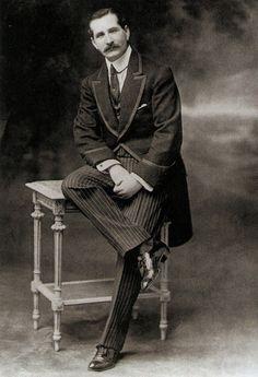 Single breasted morning coat c.1900