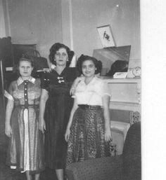 Puerto Rican women in the 50s