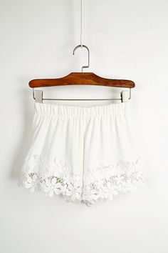 Pretty Summer Lace Shorts