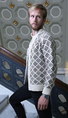 Ravelry: Streymoy pattern by Todd Gocken l love this pattern but he looks like he is wearing his mom' s sweater. Fair Isle Knitting, Free Knitting, Knitting Magazine, Knitting Designs, Pull, Knitting Patterns, Knit Crochet, Grandpa Sweater, Renewable Energy