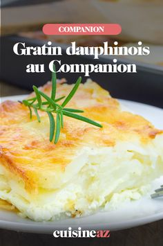 Le gratin dauphinois est une recette d'accompagnement facile à cuisiner au Companion. #recette #cuisine #gratin #pommedeterre #accompagnement #robot #robotculinaire #companion Mashed Potatoes, Robot, Ethnic Recipes, Grated Cheese, Cooking Recipes, Cooking Food, Meal, Drinks, Whipped Potatoes