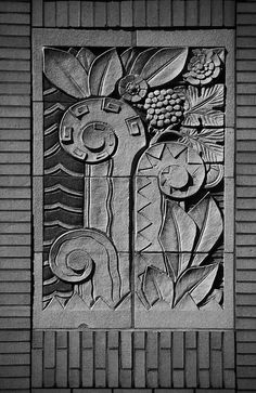 decoarchitecture: R… Raleigh Kress Building, Raleigh, North CarolinaPhoto by Sid Penance Detail of the city's old Kress five & dime building, by our friend Sid Penance. Arte Art Deco, Estilo Art Deco, Art Nouveau, Frise Art, Pop Art Wallpaper, Art Deco Buildings, Detail Art, Door Detail, Art Deco Pattern