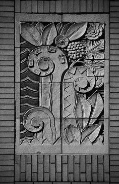 decoarchitecture: R… Raleigh Kress Building, Raleigh, North CarolinaPhoto by Sid Penance Detail of the city's old Kress five & dime building, by our friend Sid Penance. Art Nouveau, Estilo Art Deco, Pop Art Wallpaper, Art Deco Buildings, Art Deco Pattern, Detail Art, Door Detail, Modern Art Deco, Art Deco Wedding