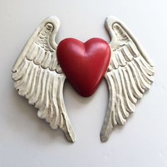 Heart Projects, Clay Projects, Salt Dough Crafts, Angel Wings Art, Soda Can Crafts, Iron Orchid Designs, Heart Painting, Heart Crafts, Miniature Crafts